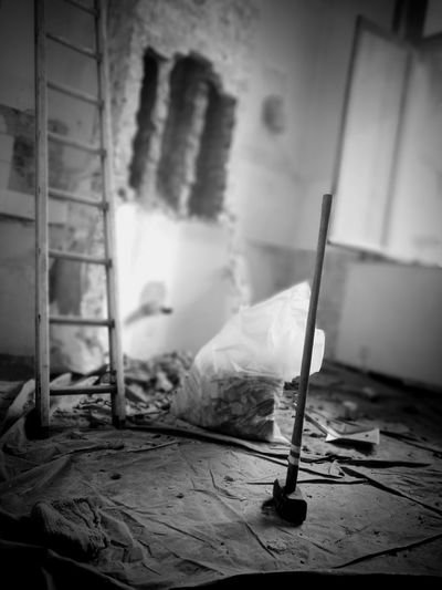 Masse HuaweiP9 Huaweiphotography Huawei P9 Leica Blackandwhite Blackandwhite Photography Destruction Home Interior Home Improvement Abandoned Bad Condition Deterioration Ruined Demolished