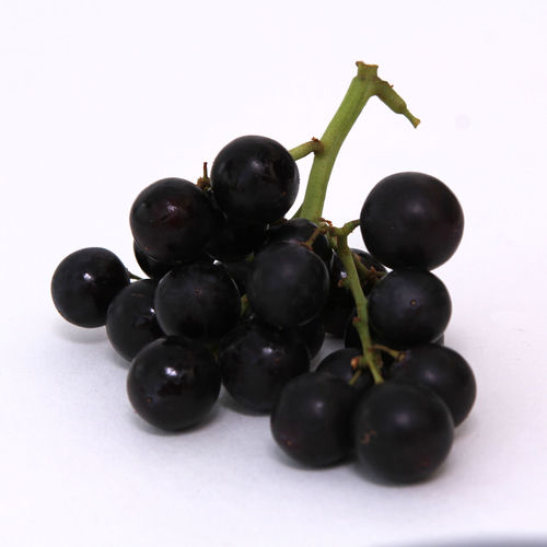 Food And Drink Healthy Eating Food Studio Shot Wellbeing Fruit White Background Freshness Close-up Indoors  No People Still Life Grape Bunch Cherry Ripe Cut Out Berry Fruit Black Color Copy Space Temptation