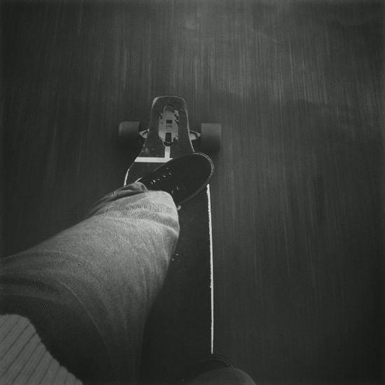 Perfect day for a city cruising Longboard Longboarding Longboards Skate Sk8 Skateboard Skateboarding Skating Cruising City Citycruising Blackandwhite Blackwhite Wheels Trucks Sector9 Sectornine Gullwing Gullwingtrucks
