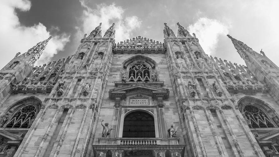 Milan Duomo Church Church Architecture Sky Sky And Clouds Form Duomo Di Milano Milano Milan EyeEm Selects Simmetry Pattern Architecture Wonderlust Wonderful Visual Creativity Gothic Style Architectural Detail Skylight Cathedral Abbey