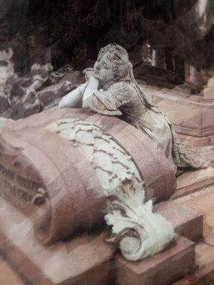 Signore del famedio 4 Cemetery NEM Memories NEM Painterly