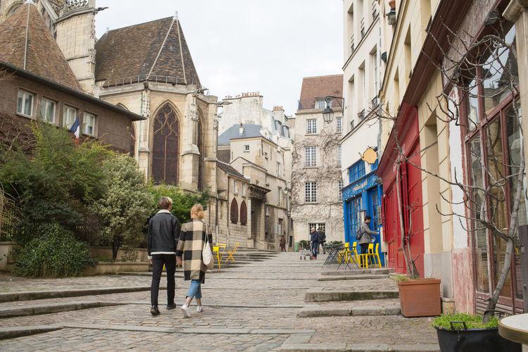 Romance rue des