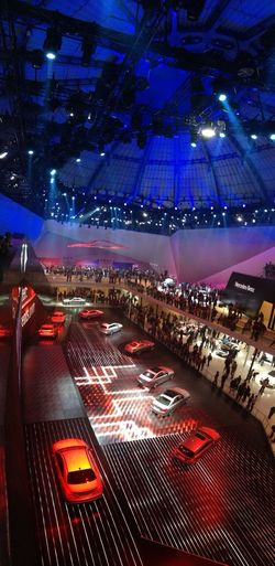 WOW! @MercedesBenz just amazed the audience w/ a nicely orchestrated show! #IAA2013