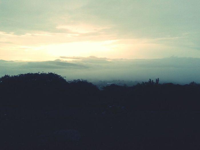 una leve tormenta con algo de nevlina por estos cerros!