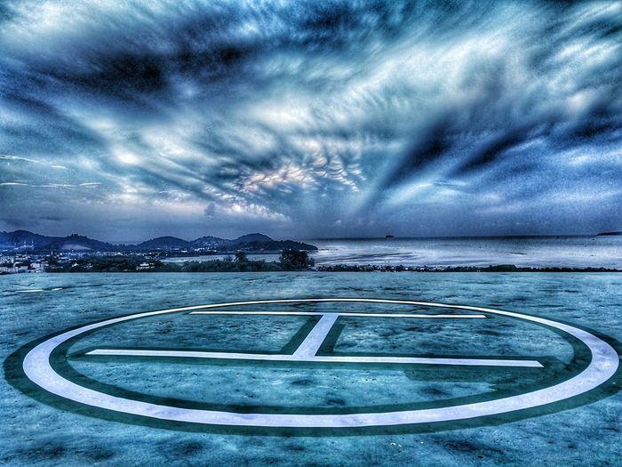 Cloud - Sky Sky Eyem Gallery EyeEm The Great Outdoors - 2017 EyeEm Awards EyeEmNewHere Huaweiphotography Phuket,Thailand Eyeem Market Huawei Leica Huaweimate9 EyeEm Best Edits EyeEm Best Shots Landscape Helico Helicopter Parking