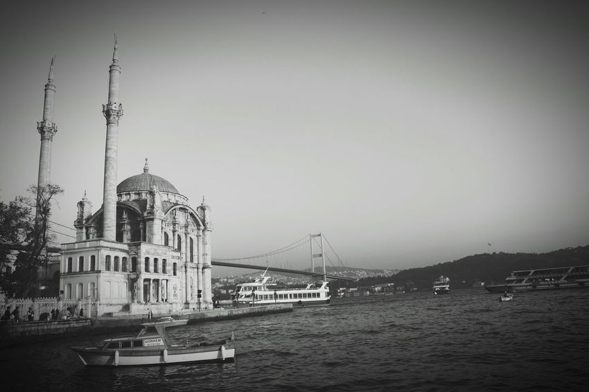 Taking Photos Photos Around You Istanbul Turkey Ortaköy Ortaköy Mosque Enjoying Life Popular Photos Photo Beauty Mosque