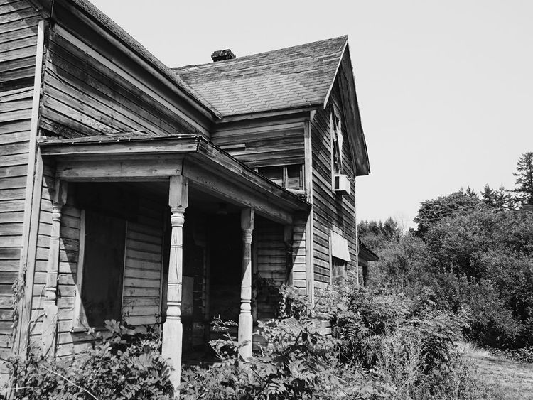 Architecture Built Structure Building Exterior House Wood - Material No People Abandoned Buildings Abandoned House Urban Exploration Abandoned Places EyeEm_abandonment Abandoned & Derelict Monochrome Bnw Blackandwhite