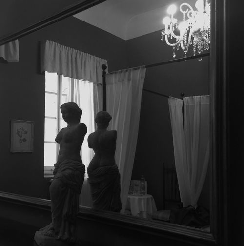 The Female Formite photography] Blackandwhite Photography Fortheloveofblackandwhite Creative Light And Shadow Sunlight, Shades And Shadows Torso Mirror Mirror Picture Interior Design