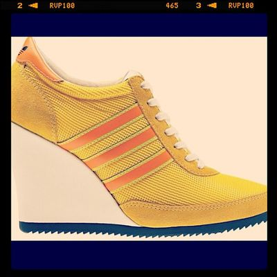 ~ juz loves the Adidas wedge !!!
