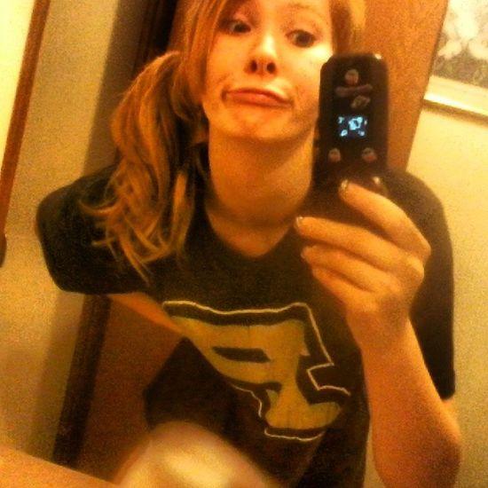 i stole my little sisters phone & took a hot pic of myself. Jk Duckfacegonewrong Boyfriendsshirt Dontjudgeme