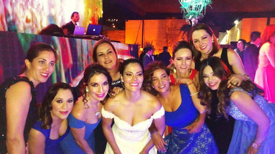 Weddingtime Thebride Friends ❤ :)