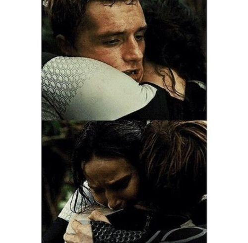 La tenerezza in persona The Hunger Games Josh Hutcherson Jenniferlawrence Katniss Everdeen #peetamellark