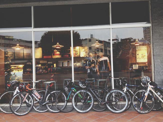 Cafe Latte Enjoying The View 👸👑💄💎💋 Relaxing Enjoying Life 🙌0 Day We Are Bikes