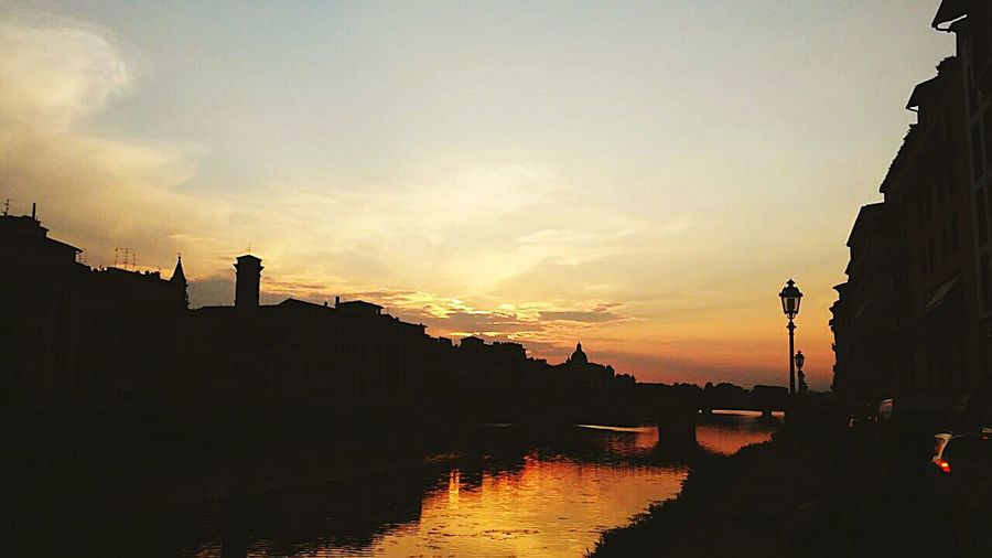 Firenze Riverside Fiume Arno Sunset Tramonto Ponte Vecchio Italy Colour Of Life