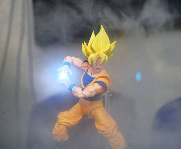 One more shot from that smoking session last week. Songoku Goku Supersaiyan Shf_ph Shf Toyphotography Toyphotogram Toycrewbuddies Tcb_inlovewithpurple Toyartistry Toyalliance Justanothertoygroup