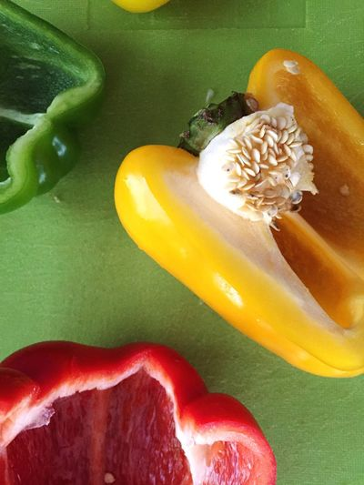 Peppers Pepper Vegetables Vegetarian Food Vegetarian Food Foodphotography Fresh Produce Fresh Paprika Red Peppers Yellow Peppers Green Peppers Cutting Cooking Homemade Cores Core Kernels Pepper Core Cut Cook  Healthy Food Healthy Eating