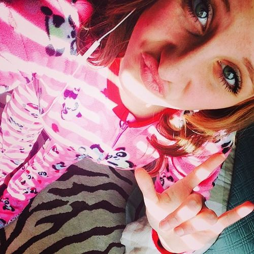Selfie Sunday in my soft footy Jammie's!!(: Cute Pandas Pink Footyjammies lovelife