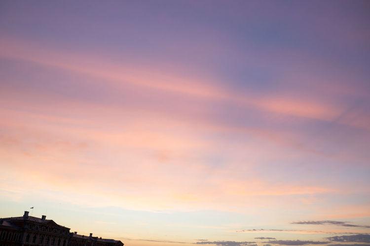 Castle Cloud Cloud - Sky Color Streaks Dusk Façade Majestic Mansion Orange Outdoors Part Of Roof Roofline Scenics Silhouette Sky Sunset