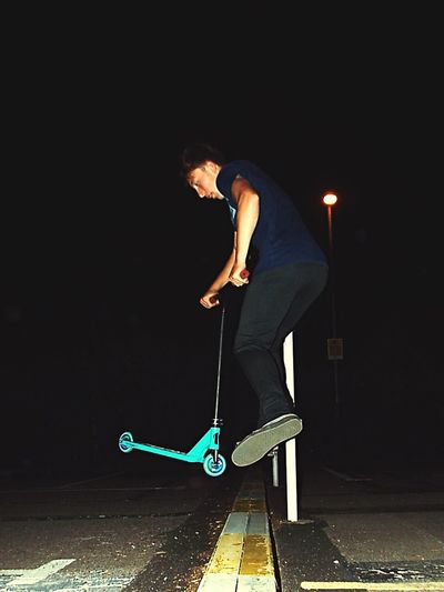 Full Length Young Adult One Person Skateboard Night Lifestyles Motion Casual Clothing Leisure Activity Skill  Outdoors Road Sport People Adult Adults Only Young Women One Young Woman Only Skateboard Park Golfer The Week On EyeEm The Week On EyeEm