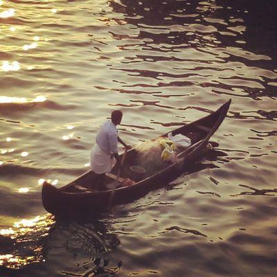 Instadaily Igers Marinedrive Kochi Kerala Boatman Sea 😍😍😍😍 TPSextreme