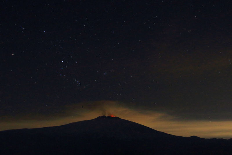 cielo stellato con eruzione cratere centrale,etna Astronomy Fire Night No People Power In Nature Space Star EyeEm Gallery EyeEm Best Shots EyeEm Night Shots 6