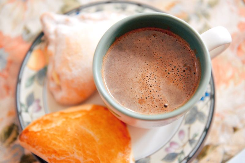 Relaxing Hot Chocolate Make It Yourself Snacking Breakfast Comfortfood Live To Eat Chocolate