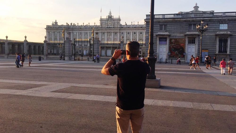 Architecture Travel Destinations Real People Travel History Photographing Madrid SPAIN