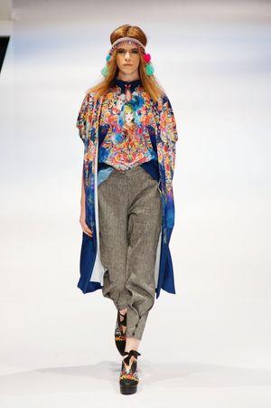 Striking Fashion Fashion Photography Fashioneditorial Photojournalism Female Model Fashion Show Klfwrtw2015