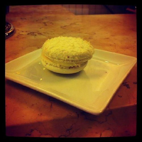 Un macaron al giorno toglie il medico di torno :) Amomangiare Macaron Strabuoni ♡