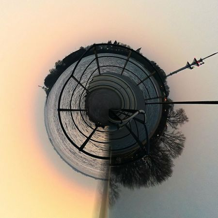 028/365 An der Elbe Photo365 Bilsbekblog Huaweiography Huaweimate10pro Tinyplanet Tinyplanetfx Smartphoneography Photooftheday Sorcerer86 Eyeemgermany Eyeemwedel Sunset Sky Water No People Day Outdoors