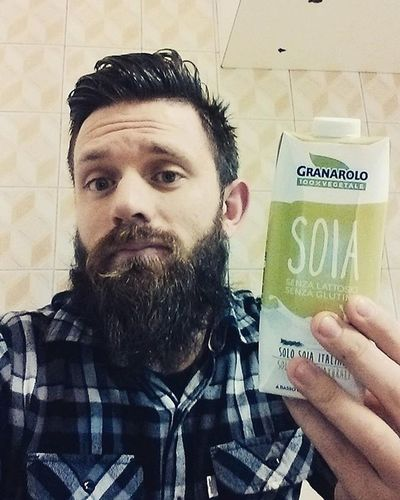 What if soy milk is just regular milk introducing itself in spanish? Soy Healthyfood Questionaboutlife Beard Beardlife Beardofinstagram Instabeard BlueEyes Goodnight Checkshirt Barba Beardlover Stayignorante Battutepessime Badjoke