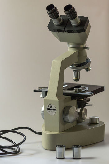 Eyepiece Indoors  Labotary Microscope Microscopeview No People Old-fashioned Sewing Machine Vertical