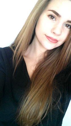 EyeEmpics Faces Of EyeEm French Girl Goodday Longhair Picoftheday Me Holiday Tired