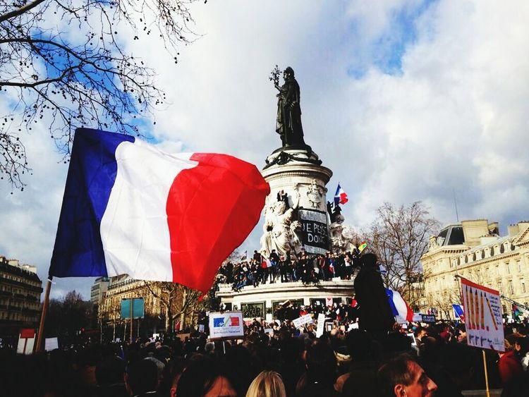 JesuisCharlie ✏️ Paris ❤ Rassemblement Pour LaLiberte Fraternité Marcherépublicaine 11janvier2015