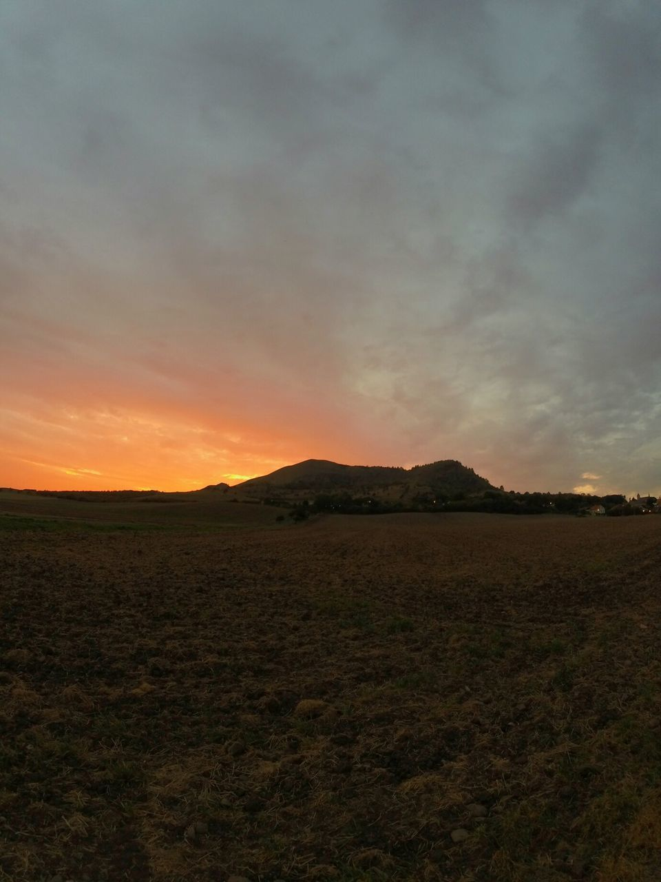 sunset, landscape, nature, tranquility, scenics, tranquil scene, beauty in nature, field, sky, no people, outdoors, mountain, day