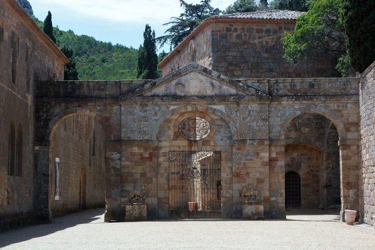 Abbey La France Architecture Building Exterior Doors With Stories History Le Midi Travel Destinations