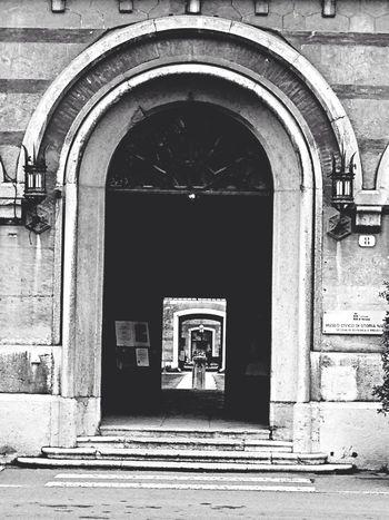 Verona Porta Arsenale Biancoenero