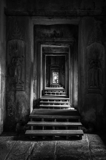 Bnw_corridor Built Structure Building Direction The Way Forward Staircase Indoors  The Past Diminishing Perspective Travel Destinations Steps And Staircases History Spirituality Indoors  Architecture Place Of Worship Spirituality Ancient Civilization Architectural Column Old Ancient Entrance My Best Photo