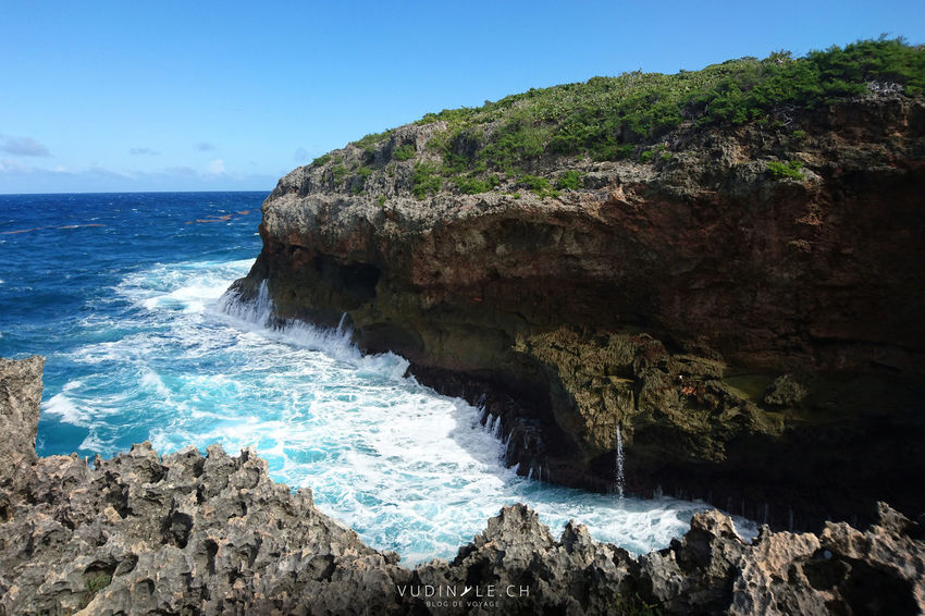 Island Porte D'enfer Outdoors Rock Formation Sea Rock Idyllic Cliff Guadeloupe Rock - Object Nature Scenics Day Mountain Power In Nature Wave Water Motion Nature Beach Power In Nature No People Beauty In Nature Outdoors Horizon Over Water