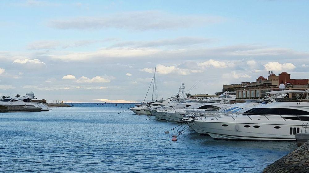 Cloud - Sky Sea Outdoors Boat Trip Boats⛵️ Gouna