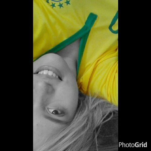 """""""Vamos soltar o grito do peito Deixar o coração no jeito Que aí vem mais uma emoção..."""" ? VaiQueÉsuaBrasil Copa Hexa Brasil ! ✌??⚽⭐⭐⭐⭐⭐⭐"""