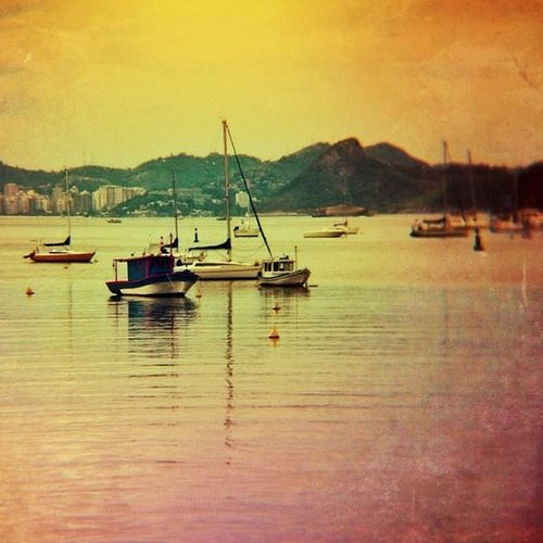 Texture Fever On! This is Guanabara Bay esited with Vintique Snapseed DistressedFX and Photofx for MobileArtFreaks ! 😝⛵⛵💦💦 Good evening Igersrio 😘✨💫