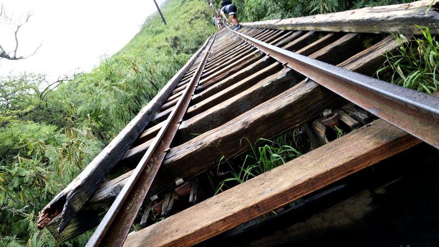 Seeing The Sights Travelling Koko Head Trail Train Tracks Honolulu, Hawaii Enjoying Life