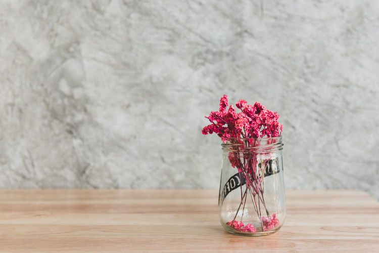 Table Flower Glass Coffee Decoration Nature Vintage Background White Shop Beautiful Natural Wooden Dry Vase Dried Design Beauty Summer Closeup Bottle Floral Wood Interior Bouquet Texture Old Style Cafe Restaurant Jar Concept Retro Space Decorative Home Day Decor Pink Loft Cement Wall Red Small