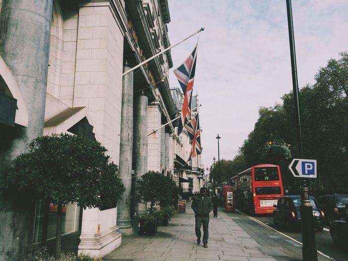 London Urban Geometry Urban Streetphotography Street Photography EyeEm Gallery