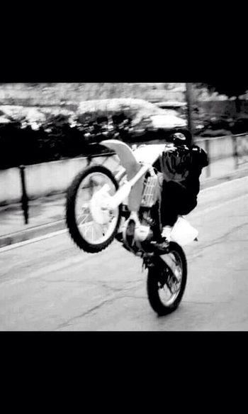 Motorcycles Motorbike Motorcyclepeople Motocross Yamaha Whellie Moto Ktm Kawasaki Tmax