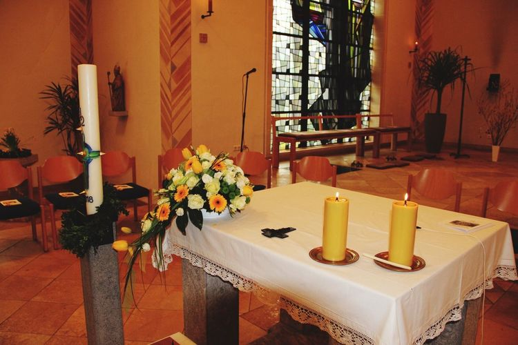 Altar Kirche Netphen Salchendorf Church Germany Kirche Germanchurch Holy Place Kommunion Insidechurch Area51photography Church Altar Plant Table Chair Candle Architecture Seat Window Building Built Structure