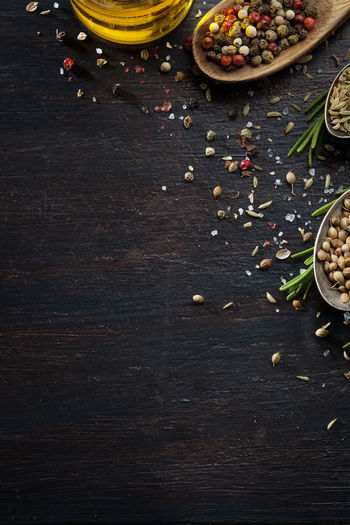 Allspice Backgrounds Dark Wood Table Desk Food Healthy Eating Healthy Food Herb Indian Natural Organic Preraring Rustic Seeds Of Life Spice Various Herbs Vegetarian Food Wood - Material