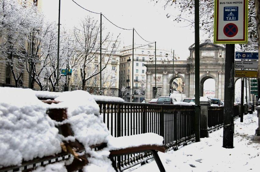 City Street Life Cityscapes Snow Madrid Urban Landscape