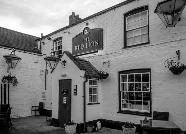 The Red Lion, Denton, Northamptonshire Architecture Denton Northamptonshire FUJIFILM X-T2 Village Rural Monochrome Photography Black And White Monochrome Northampton Pubs Pubs Red Lion